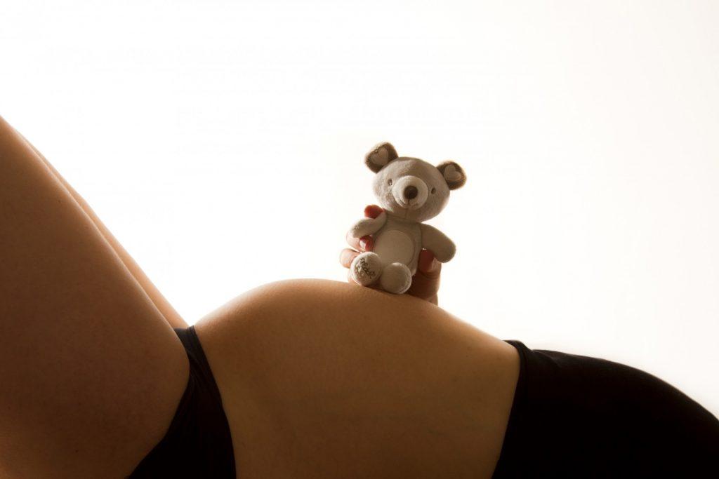 zlata-pravila-nosečnosti-štorklja-novorojenček